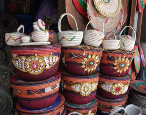 بعض من المصنوعات اليدوية