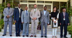 السيد وكيل وزارة الخارجية يلتقي السيد مدير معهد الخدمة الخارجية الباكستاني