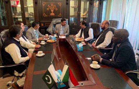 زيارة وفد من رجال الاعمال الباكستانيين للسفارة السودانية - بباكستان