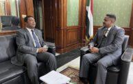 زيارة البروفسور محمد اقبال للسفارة السودانية بإسلام آباد